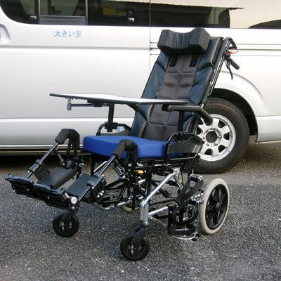 チルド式リクライニング車椅子